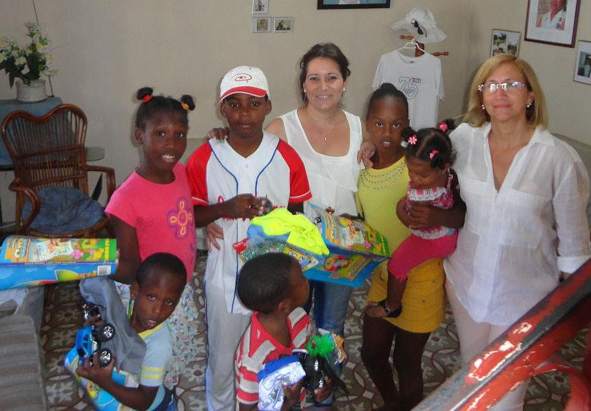 Extendiendo nuestras manos: Segundo encuentro con niños de la comunidad