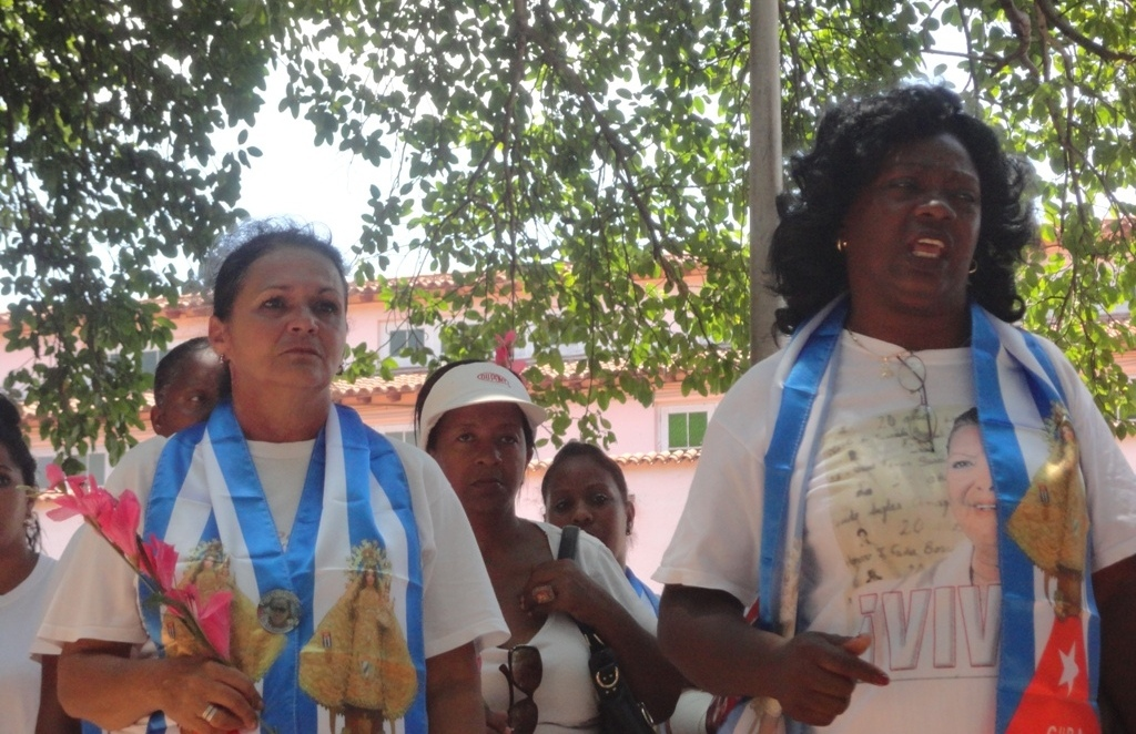 Ladies in White, civil society, respond to comments by POTUS on Berta Soler & open Internet.