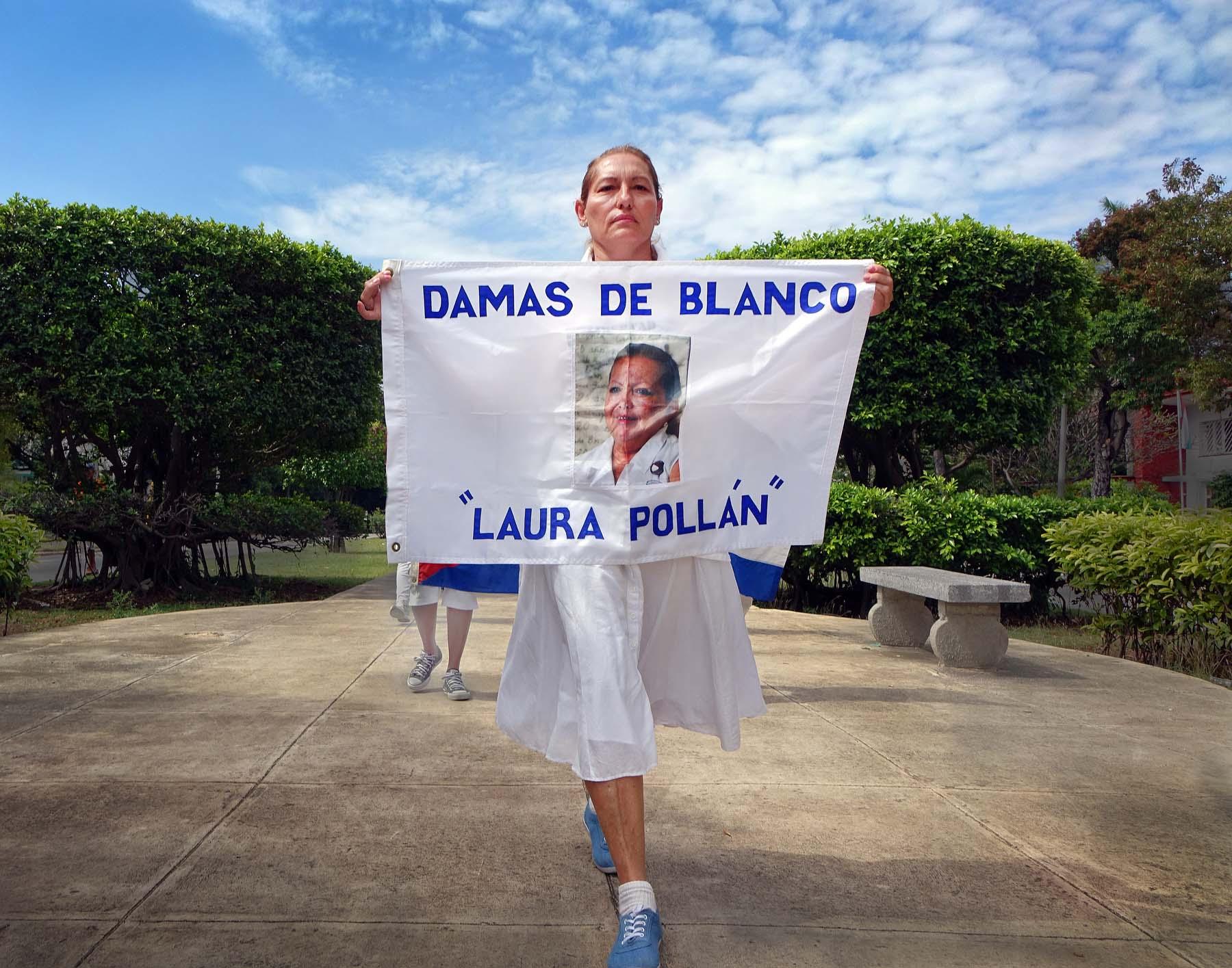 """En las propias palabras de una fotógrafa: """"Tengo un sueño: Las Damas de Blanco"""""""
