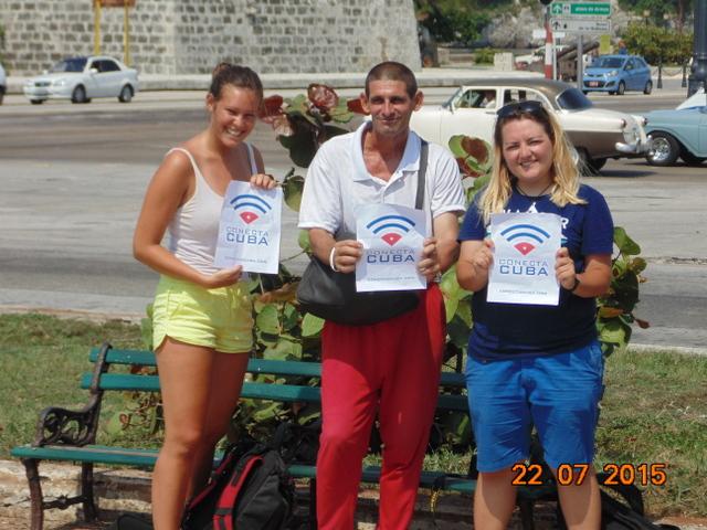 """""""Determinación, paciencia"""", dos requisitos clave para obtener acceso limitado a Wi-Fi en La Habana"""