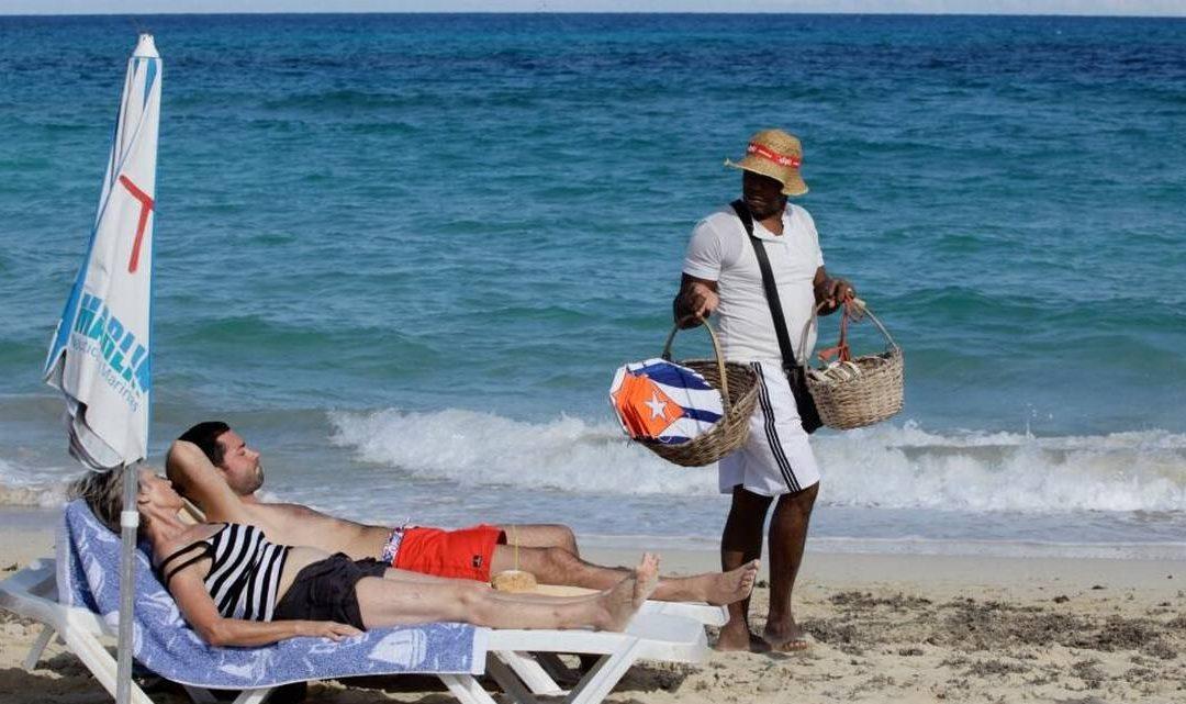 Cuban comic roasts tourism inequality on the island