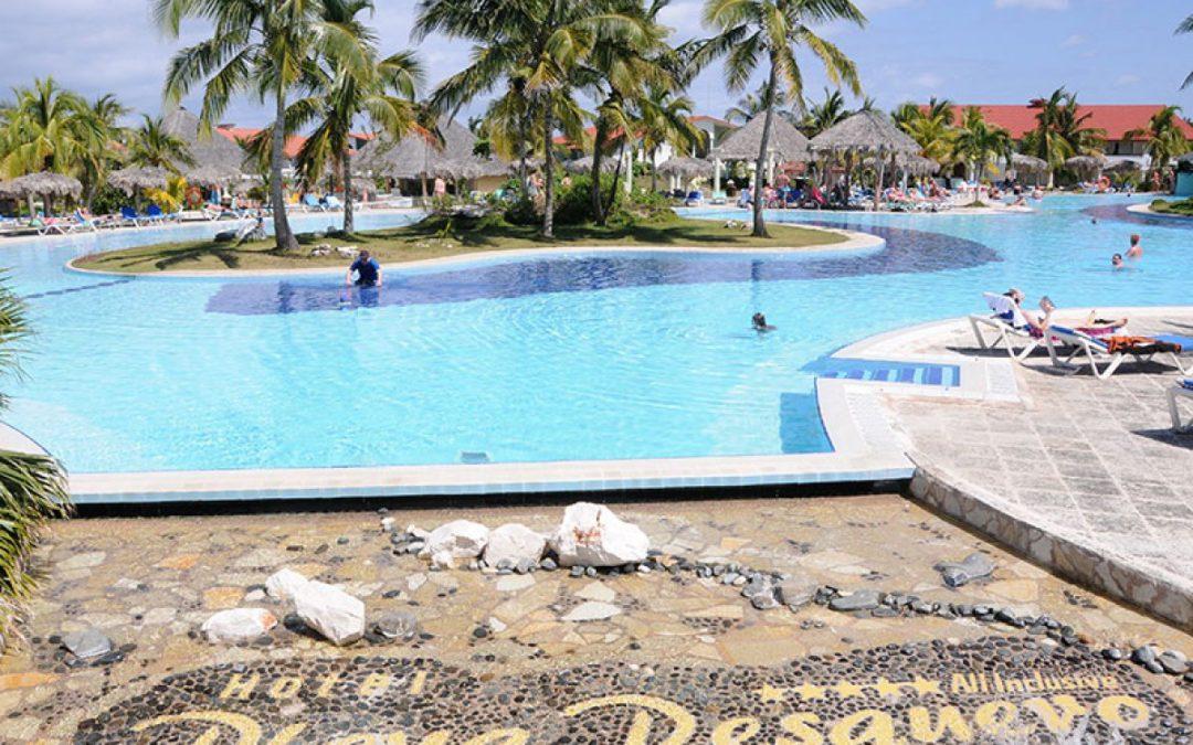 Turistas británicos demandarán al hotel Playa Pesquero por una infección con salmonela